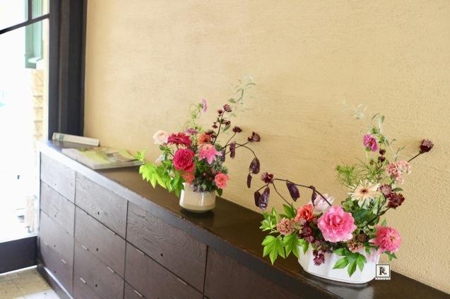 いよいよ秋の気配のするお花をあしらいました。_c0128489_23381539.jpg