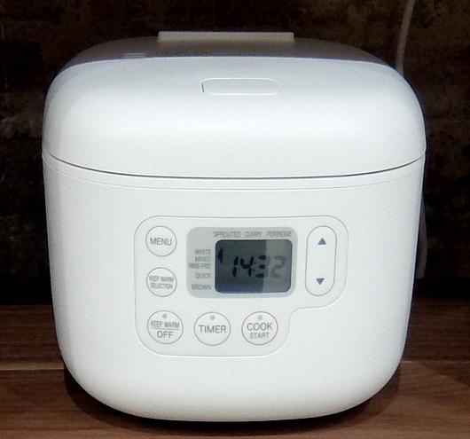 炊飯器はこういうのでいいんだよ by MUJI(無印良品)_b0007805_23310381.jpg
