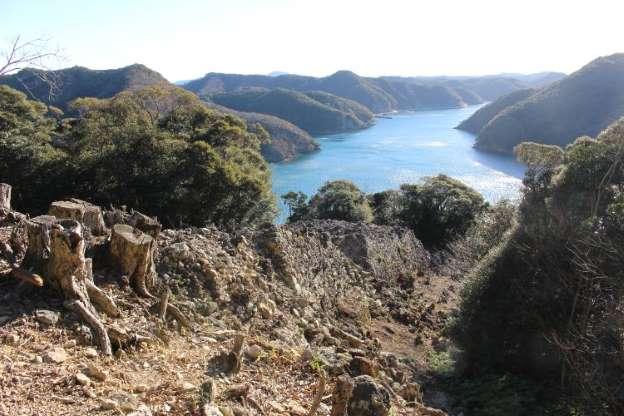 韓国人観光客激減」で窮地の対馬 日本人こそ知るべき魅力 _b0064113_17113722.jpg