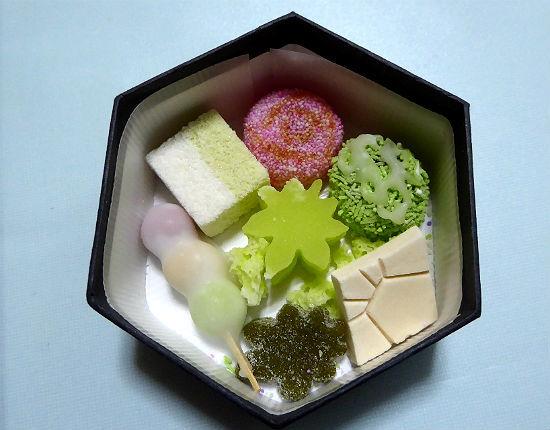 京都女子一人旅・亀末廣(京菓子)_d0039443_14173181.jpg
