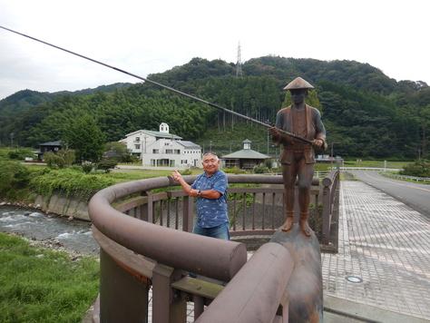 興津川で癒やされる。鮎釣り今シーズン終了か?_f0175450_7475152.jpg