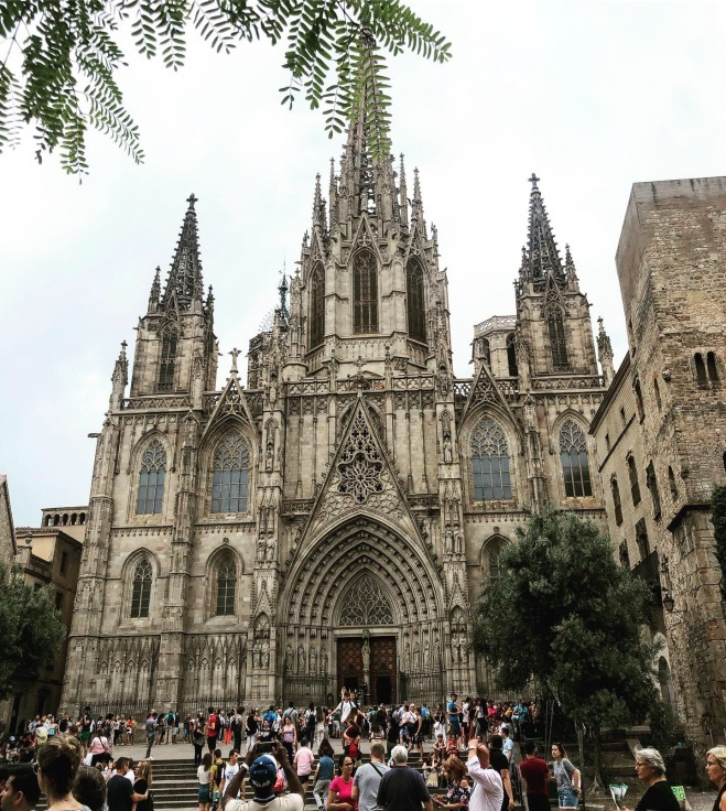 spain・Barcelona旅行の事と、展示会のお知らせ_e0379353_08372855.jpeg