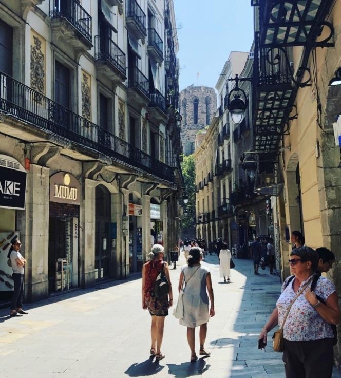 spain・Barcelona旅行の事と、展示会のお知らせ_e0379353_09045912.jpeg