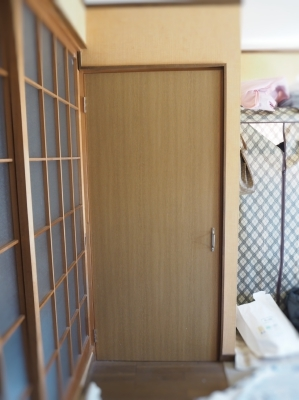 押入をトイレに改修_e0010955_21315546.jpg