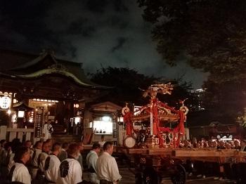 氷川神社例大祭_a0061057_1121035.jpg