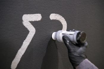 コラムリレー(第134回) 鈴木ヒラクのライブ・ドローイング-北海道の線刻壁画へのリスペクトとともに_f0228071_11153071.jpg