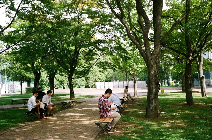 北星学園大学キャンパスのお昼時_c0182775_11194076.jpg