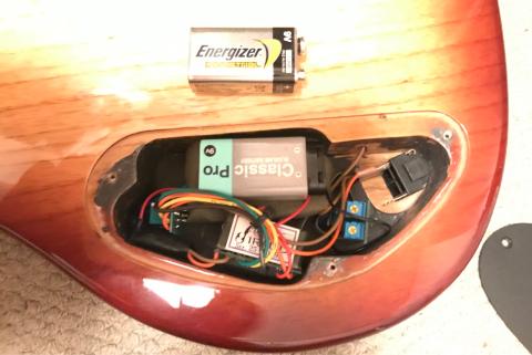弦と電池を交換_d0000476_19581302.jpg