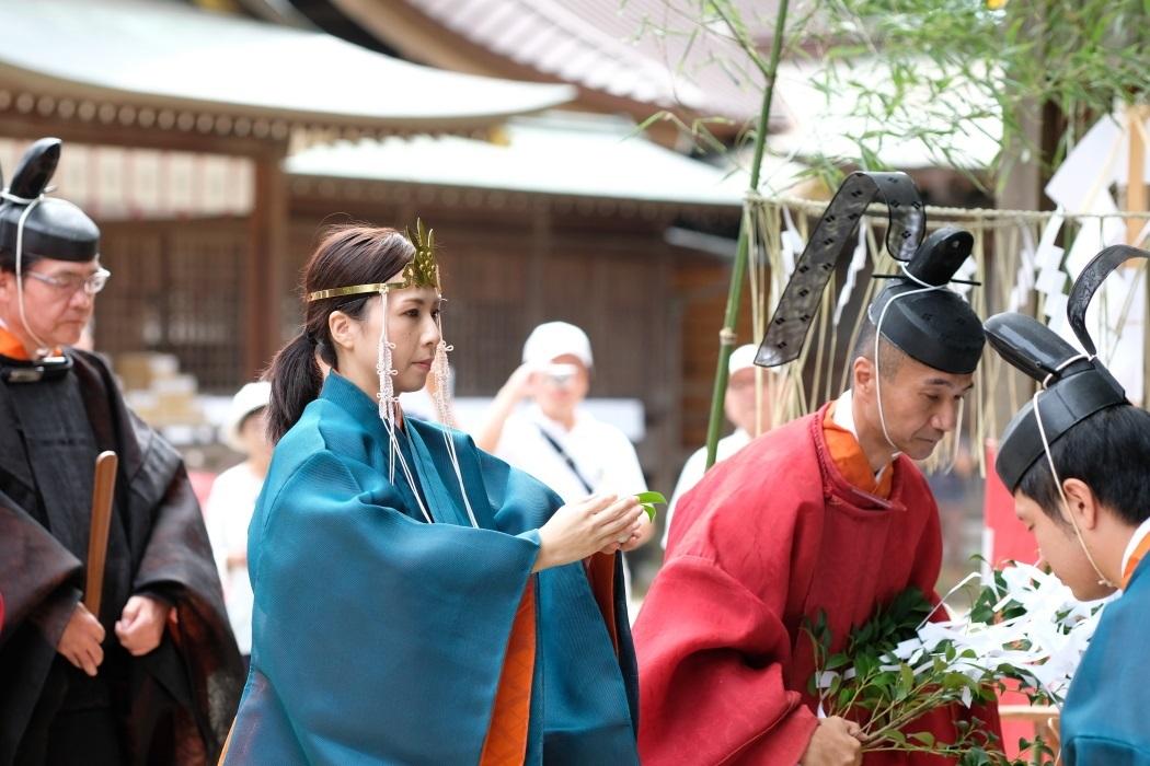 2019年 石岡の祭り <2> 神官 9月15日_e0143883_12060696.jpg