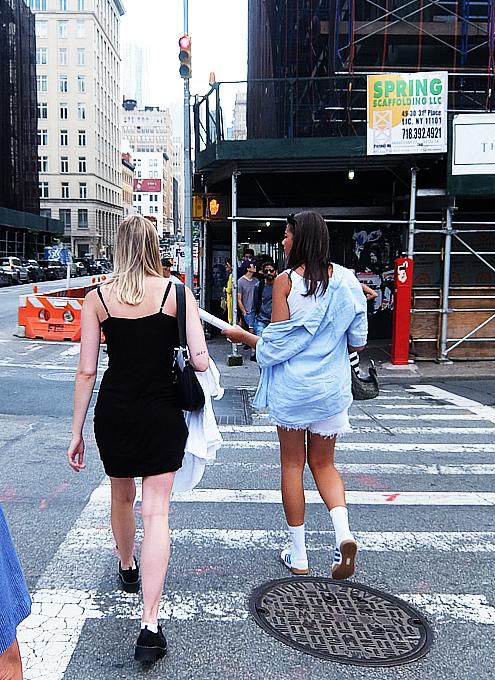 ニューヨーク市のマンホールのフタの忘れられた歴史_b0007805_04545548.jpg
