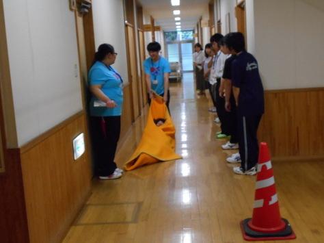 第7回 体験入学 災害介護_b0137422_16004647.jpg