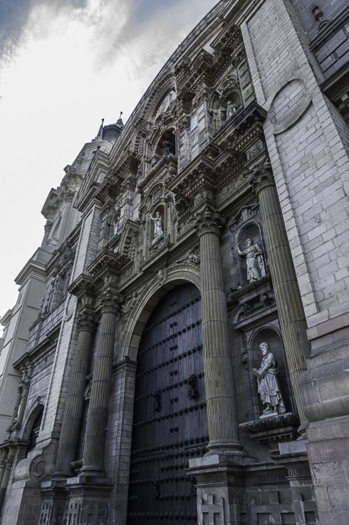 リマの観光、そして帰国の途へ ~ペルー・リマ~_b0322723_21093350.jpg