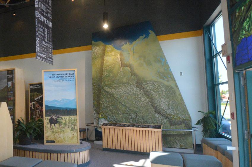 ヤムナスカ流のホワイトホース市内観光 ディスカバー・ホワイトホース_d0112928_07014090.jpg