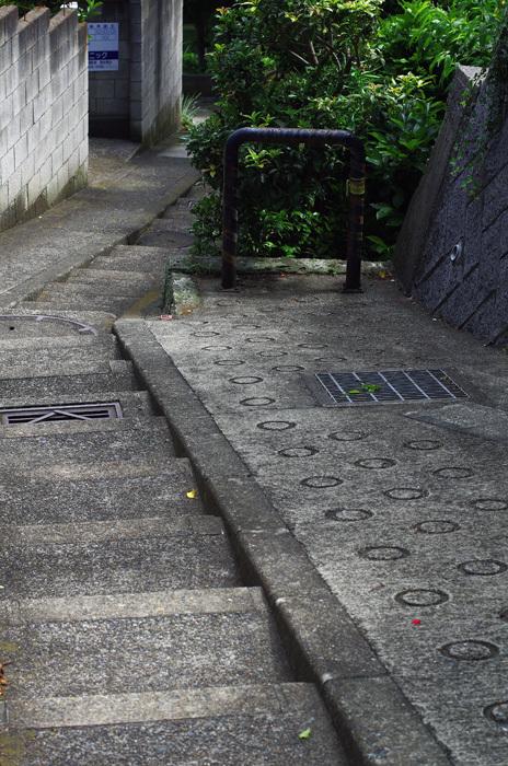262_階段のある坂道_d0016587_12350377.jpg