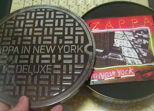 ●『ZAPPA IN NEW YORK 40TH ANNIVERSARY DELUXE EDITION』その1_d0053294_23302215.jpg