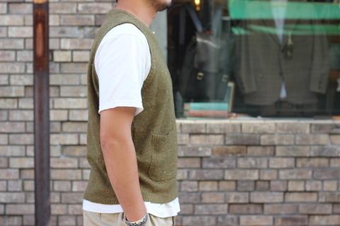 """「dip」 コーディネートが楽しくなる \""""Knit Vest\"""" ご紹介_f0191324_08051391.jpg"""