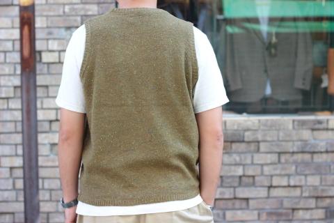"""「dip」 コーディネートが楽しくなる \""""Knit Vest\"""" ご紹介_f0191324_08052320.jpg"""