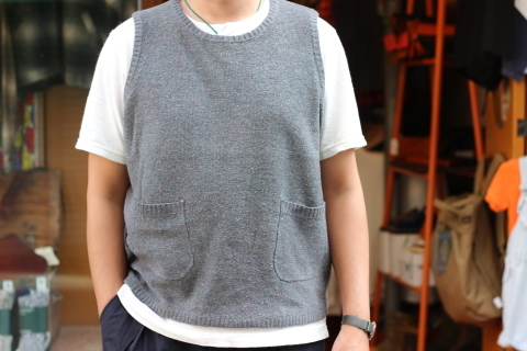 """「dip」 コーディネートが楽しくなる \""""Knit Vest\"""" ご紹介_f0191324_08063393.jpg"""