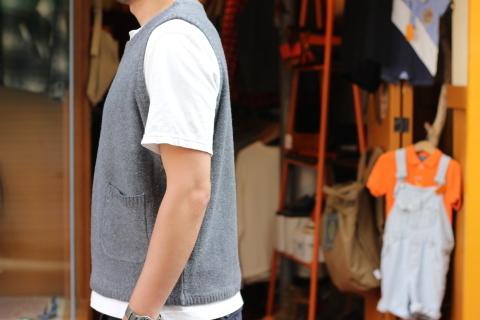 """「dip」 コーディネートが楽しくなる \""""Knit Vest\"""" ご紹介_f0191324_08064132.jpg"""