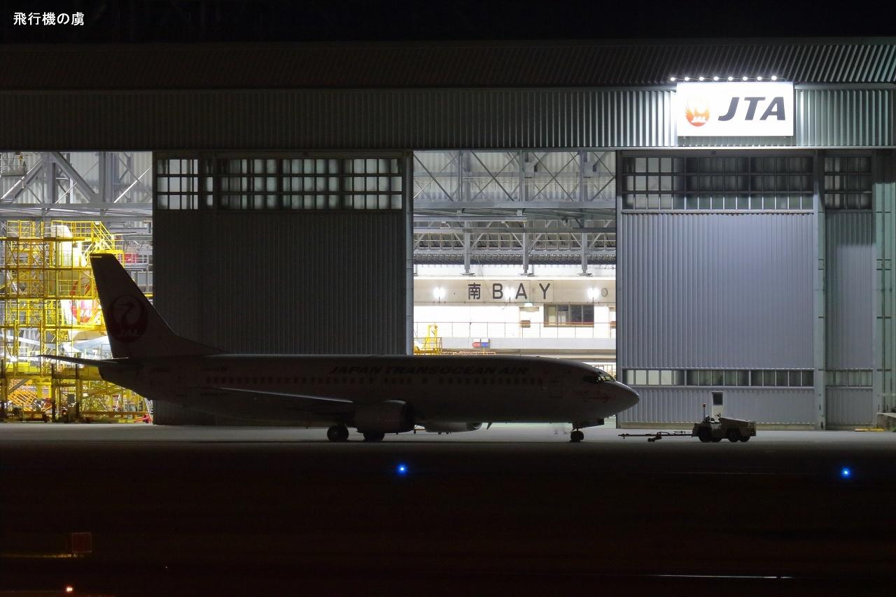 シルエット  B737  日本トランスオーシャン航空(NU)_b0313338_00521114.jpg