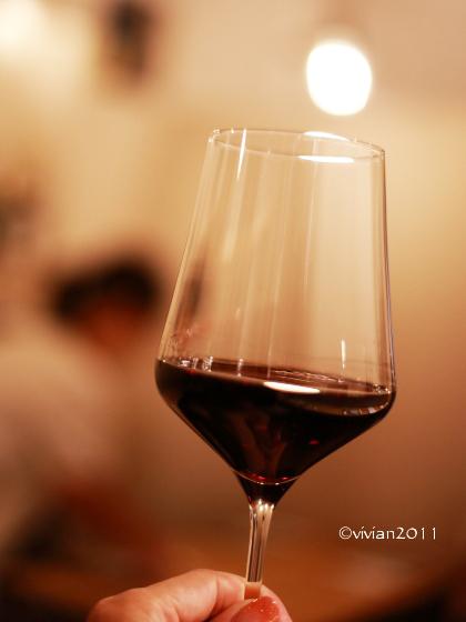 ワイン食堂 Huit(ユイット) ~一人で祝杯を~_e0227942_21564390.jpg