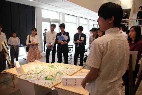 デザイン3 課題NO.2「まちだ・環境の近未来」展示会_b0049355_16260361.jpg