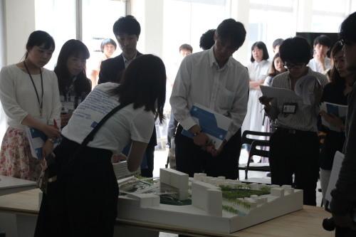 デザイン3 課題NO.2「まちだ・環境の近未来」展示会_b0049355_16262131.jpg