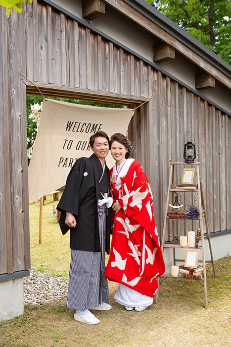 赤地に白鳩色打掛の可憐花嫁姿 in金沢_b0098077_15382508.jpg