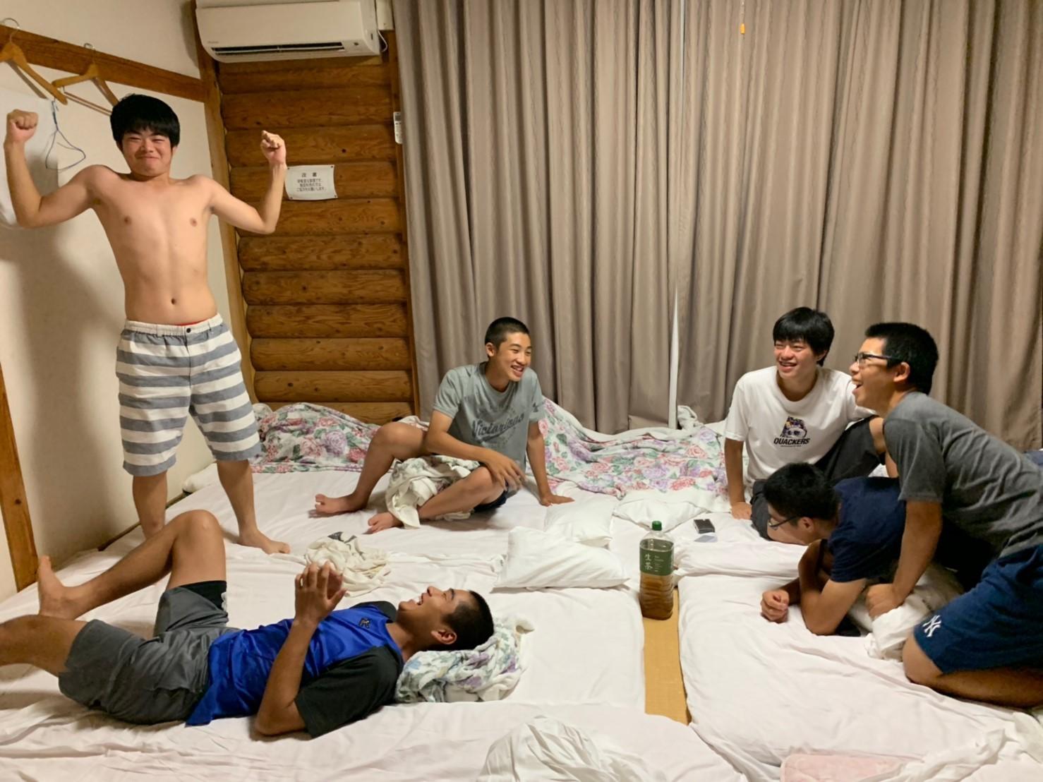 8月の中3福岡県模試の結果と、中3の中間テスト。そしていつまでもネタが尽きない夏合宿の写真。_d0116009_08320257.jpg