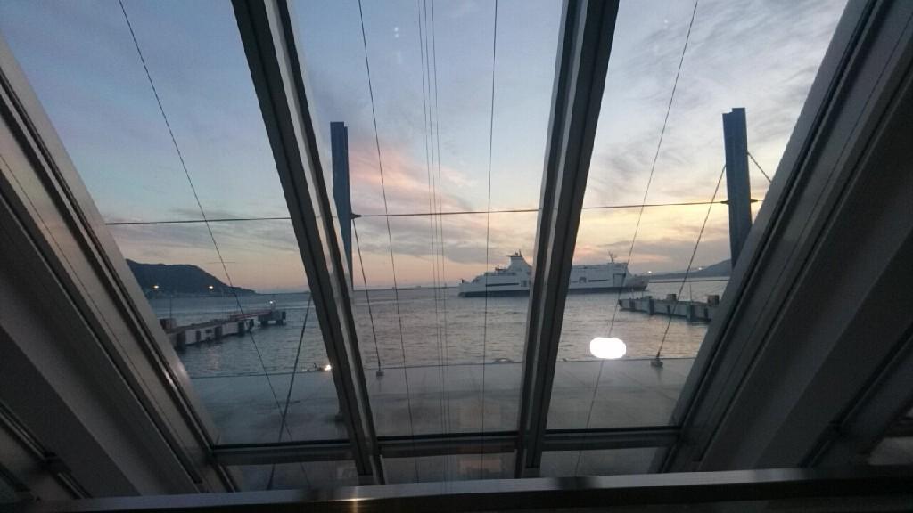 2019年9月20日(金)今朝の函館の天気と気温は。津軽海峡フェリーターミナル売店のセラピア製品人気です。編みぐるみのいかちゃん好評_b0106766_06362015.jpg