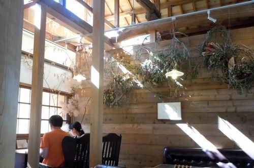 田舎家カフェで ・・・_b0102572_10492003.jpg