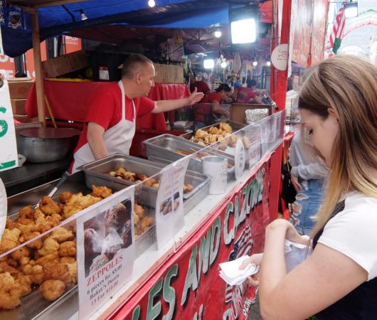 サン・ジェナーロ(San Gennaro)祭の食べ物や屋台の様子 _b0007805_03501083.jpg