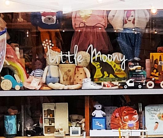 San Gennaro祭、地元子ども服屋のLittle Moonyの可愛い屋台_b0007805_22190248.jpg