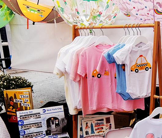 San Gennaro祭、地元子ども服屋のLittle Moonyの可愛い屋台_b0007805_22193776.jpg