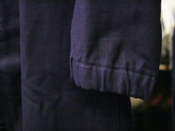 早くもアニ散歩 千葉後編9月21日(土)20時よりプレミア公開にて公開スタート!! 入荷フランス軍ワークジャケット、コート、パンツ。レアなブラック、オリーブとインクブルーで_f0180307_02494104.jpg