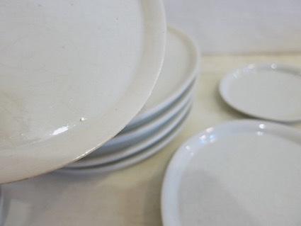陶や木の皿_e0407037_15451923.jpg