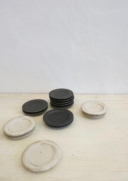 陶や木の皿_e0407037_15514452.jpg