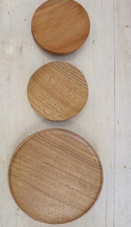 陶や木の皿_e0407037_15515928.jpg