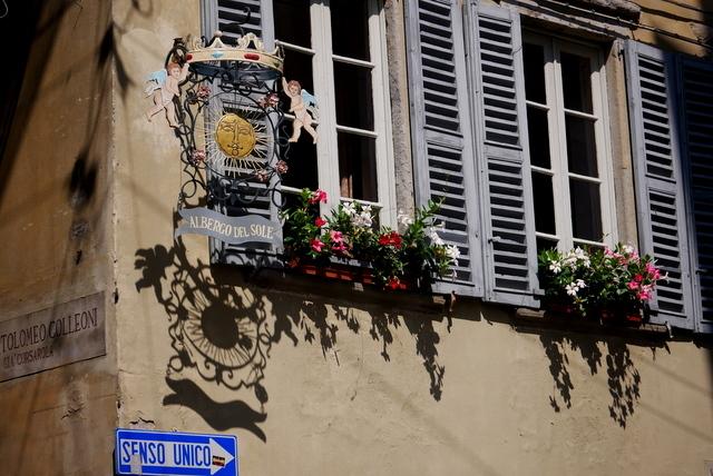 中世の風格ある街 ベルガモ _b0358575_11510949.jpg