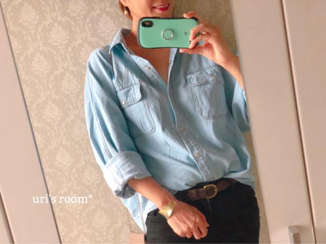 ゆるっと感がお気に入りのデニムシャツ!_a0341288_15062716.jpg