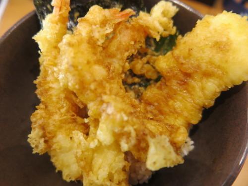 朝トースト&コーヒー: 昼:五目野菜&豚肉煮物 夜:くら寿司の天丼_c0075701_20543899.jpg