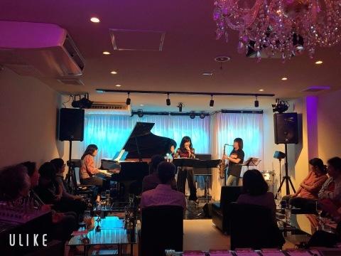 広島 ジャズライブ カミン  Jazzlive Comin本日日曜日は 福富町で演奏します。_b0115606_11380126.jpeg
