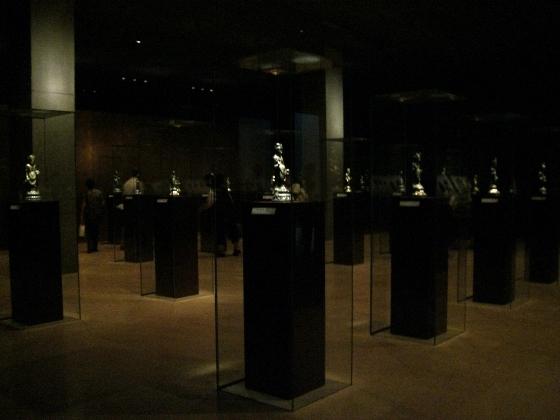 法隆寺宝物館 見学_c0376508_05131357.jpg