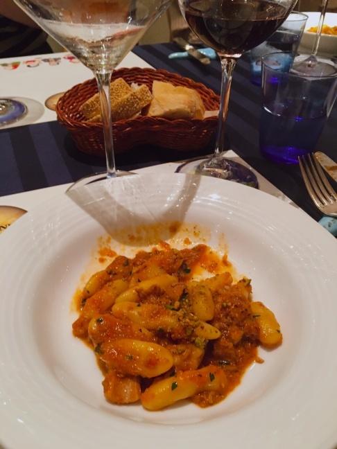 シチリアワインのプラネタ社×赤坂スコリエーラ_d0041729_18103990.jpg