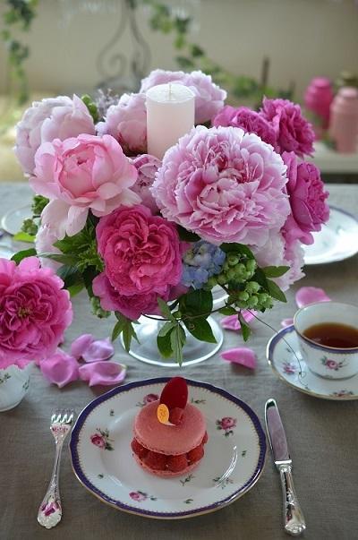 パリジェンヌのお茶の時間~ピエールエルメ『イスパハン』_e0366442_15162574.jpg