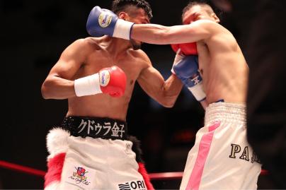 クドゥラ金子2R3分9秒KO勝ち!秋風_a0134296_11172757.jpg