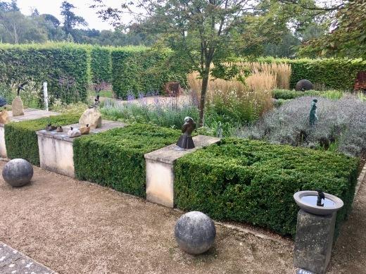 イギリスの旅2日目 ガーデンツアー 1日目 Marks Hall Estateなど_e0194723_14102396.jpeg