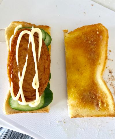 【さつま揚げサンドイッチ】を作ってみたよ。_b0099226_09341785.jpg
