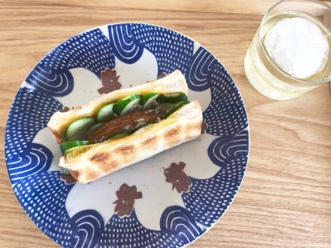 【さつま揚げサンドイッチ】を作ってみたよ。_b0099226_09360336.jpg