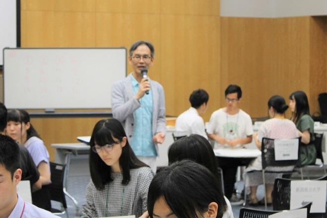 マナー講座とキックオフセミナーが開催されました_c0167632_15111147.jpg